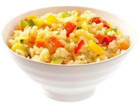 Рис отварной со свежими овощами - Фото