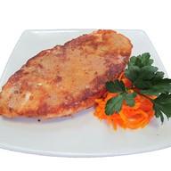 Шницель куриный с салатом из моркови Фото