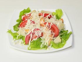 Цезарь с семгой салат - Фото