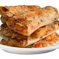 Пицца-ролл с куриным шашлыком Фото