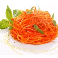 Морковь по-корейски Фото