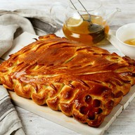Пирог с кетой и брокколи Фото