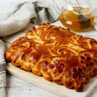 Пирог с чёрной смородиной Фото