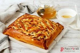 Пирог с запеченными яблоками - Фото