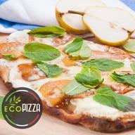 Пицца с грушей Фото