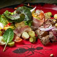 Стейк-салат Titano Фото