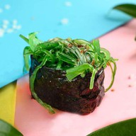 Гункан с водорослями чука №9 Фото