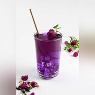 Холодный синий тайский чай Фото