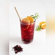 Цитрусовый красный чай с вишней Фото