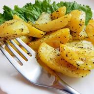 Картофель запеченный с травами Фото