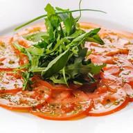 Карпаччо из томатов под соусом песто Фото
