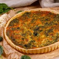 Французский пирог с со шпинатом и сыром Фото