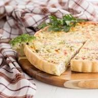 Французский пирог с ветчиной и брокколи Фото