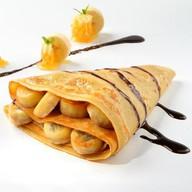 Блин с бананами и шоколадом Фото