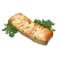 Стромболи с салями,сосисками,луком,сыром Фото