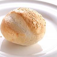 Булочка пшеничная Фото