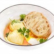 Яйцо пашот по-турецки Фото