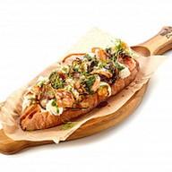 Брускетта с креветками,баклажаном, сыром Фото