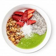 Гранола с йогуртом Фото