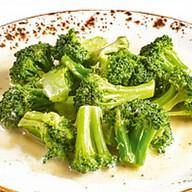 Брокколи в сливочном соусе Фото