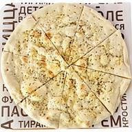 Фокаччо с сыром грана падано Фото