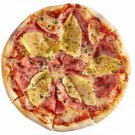 Мини-пицца с ветчиной и ананасами Фото