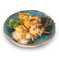Лаймовый рис с креветками и кальмаром Фото