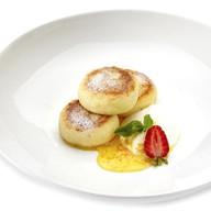 Сырники со сметаной и цитрусовым медом Фото