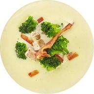 Сырный суп с индейкой и брокколи Фото