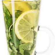 Зеленый чай с медом из белой акации Фото