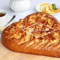 Пирог Сердце с яблоками и брусникой Фото
