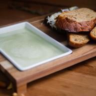 Сливочный крем-суп из зеленого горошка Фото