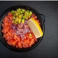 Тартар из лосося под соусом терияки Фото