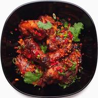 Крылья куриные в пряном соусе с перцем Фото