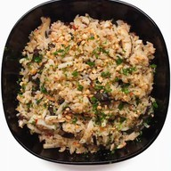 Рис с кальмарами и грибами Фото