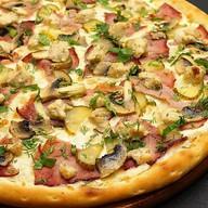 Пицца с говядиной Фото