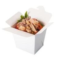 Гречневая лапша морепродукты и овощи Фото