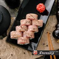 Опаленный тунец с молотым перцем и солью Фото