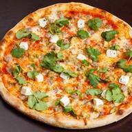 Пицца с печеными баклажанами Фото