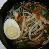 Японский суп Рамен с курицей Фото