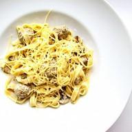Тальятелле в сливочно-грибном соусе Фото