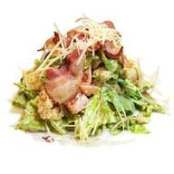 Хрустящий салат с беконом Фото