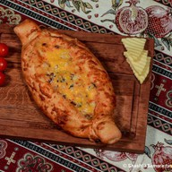 Хачапури с куриным филе и грибами Фото