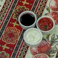 Белый чесночный соус Фото