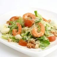 Цезарь из креветки салат Фото