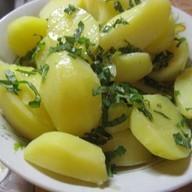 Отварной картофель Фото