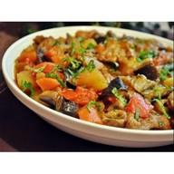 Аджапсандал из овощей Фото
