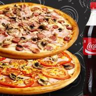 Две пиццы + Кола Фото