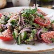 Овощной салат по-грузински Фото