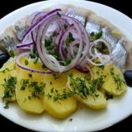 Селёдочка с картошечкой Фото